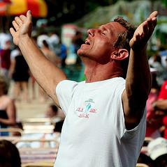 What is Speaking in Tongues - Man Praising God