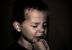 raising Christian children - child praying